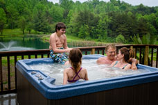 Hot Tub overlooking Lotus Lake and the beautiful Hocking Hills